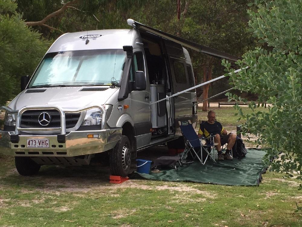 campsite_girraween