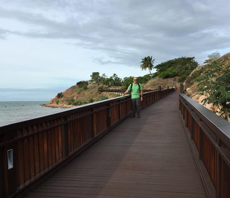 Great boardwalk, part of the coastal walk in Townsville. Fantastic!