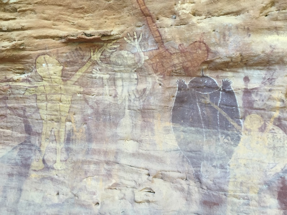 Rock art at Split Rock depicting Quinkans