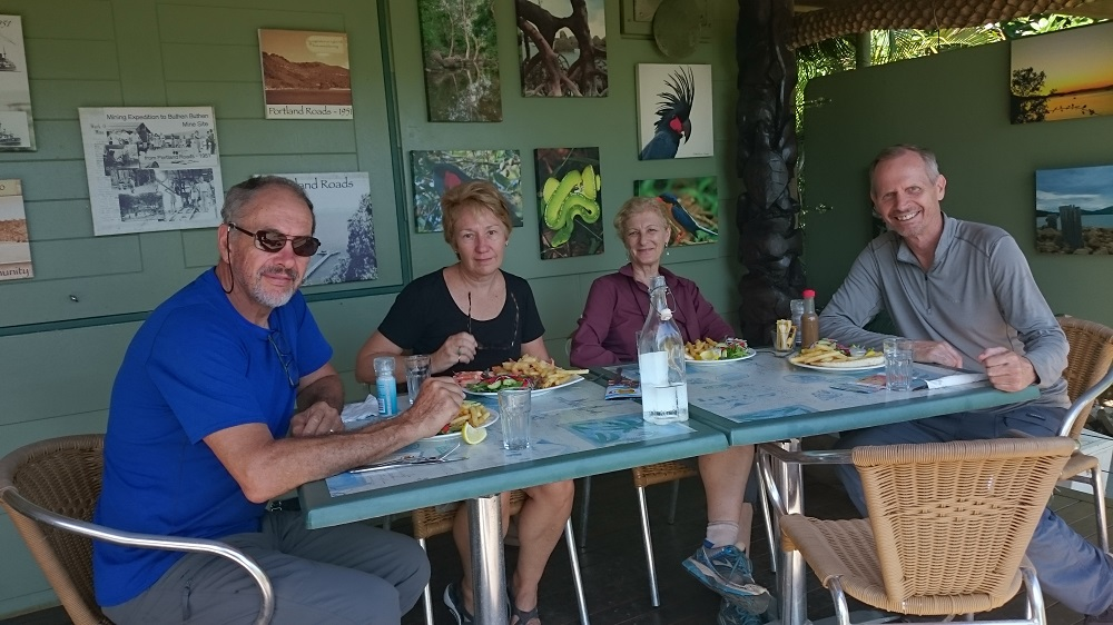 Despite the look on my face, I really did enjoy the meal with Ric, Gill and Steve at 'Out of the Blue' cafe, Portland Roads