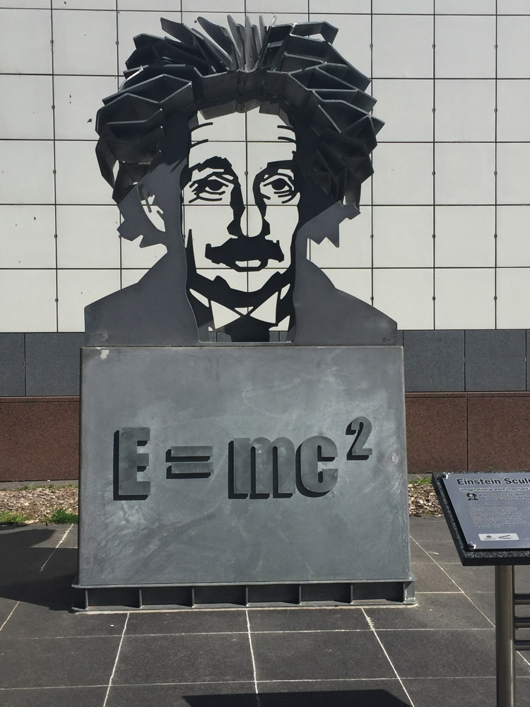 The Einstein sculpture at Questacon.