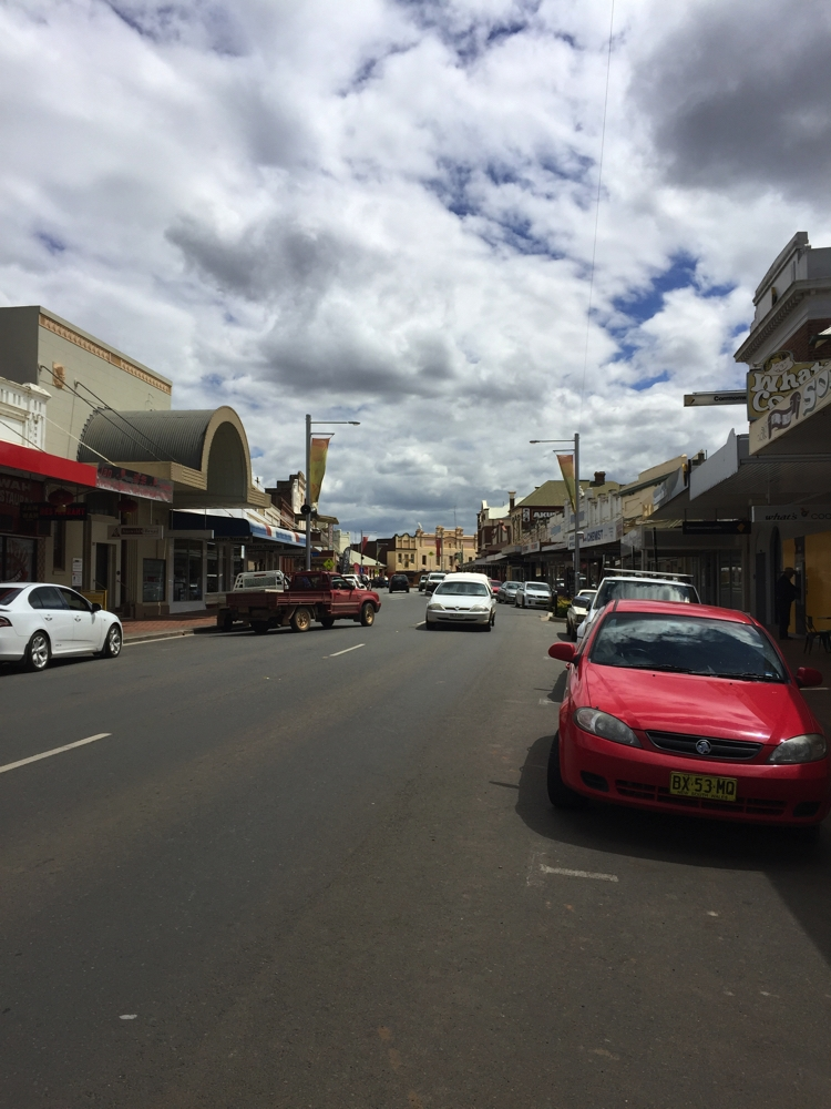 The crooked main street in West Wyalong. This town was not planned and just grew up around the bullock track which dodged around trees, hence the kink in the road.