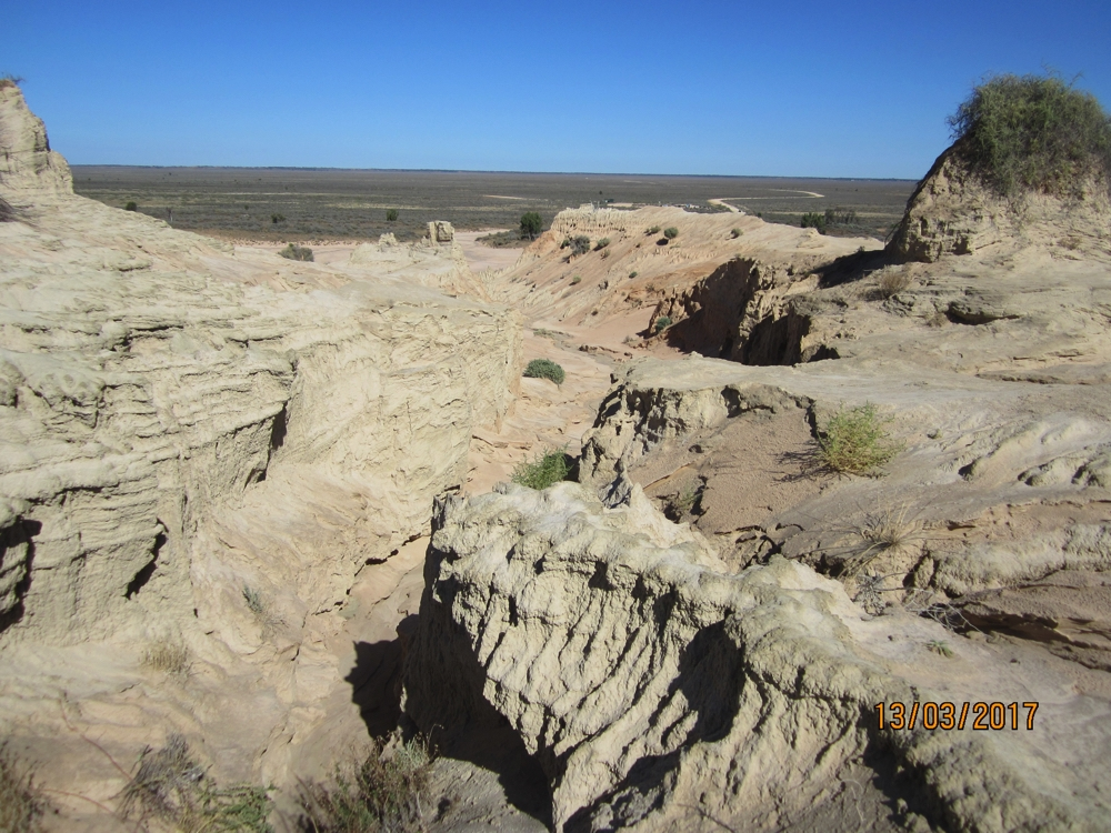 Walls of China - note the road crossing Lake Mungo in the background. That takes you back to the Discovery Centre.