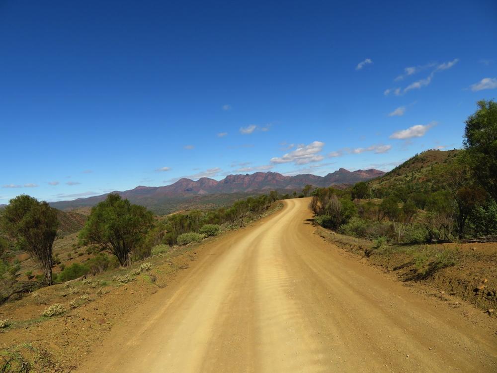 Bunyeroo Scenic Drive
