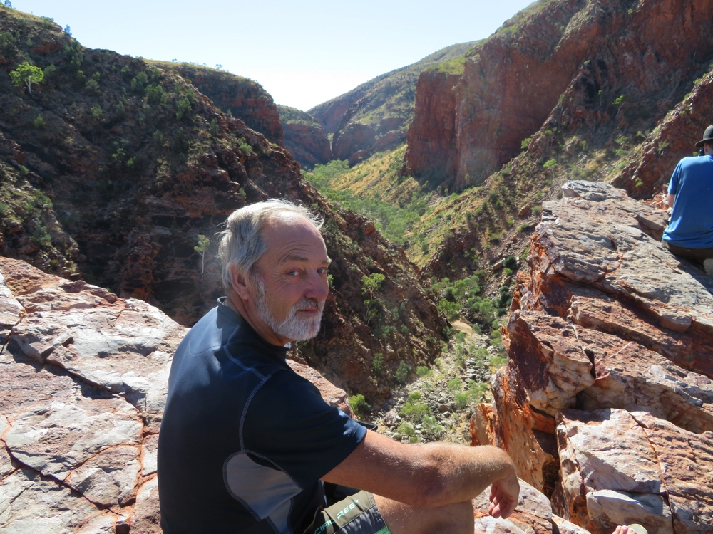 Ken, on the cliff edge at the lookout over Serpentine Gorge.