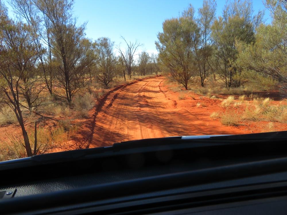 A pretty road - pretty deceptive! To Lamberts Centre of Australia.
