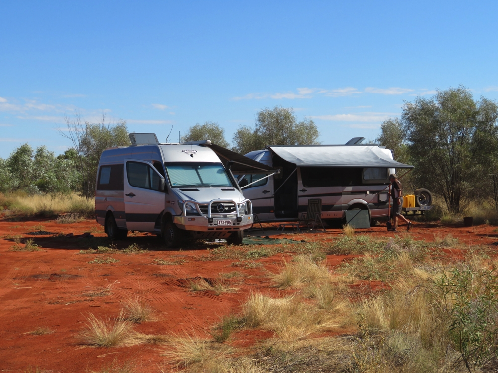 Our first campsite on the Great Central Road. This is descriptively named 'Little bush camp'.